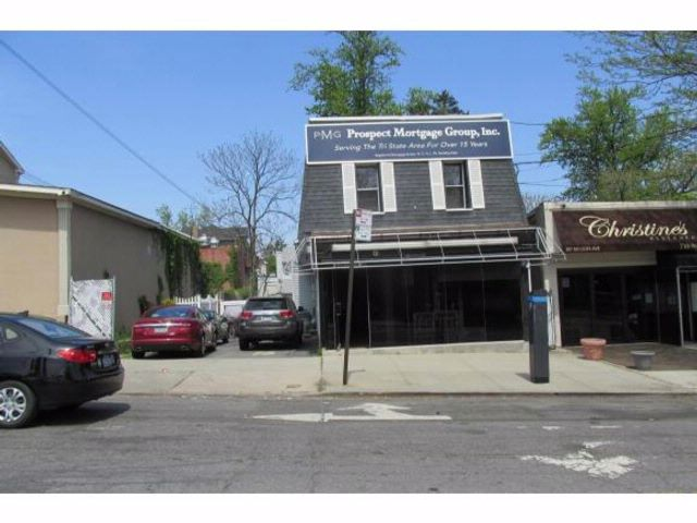 Commercial Property in Great Kills